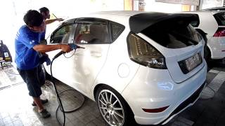 White Brothers Cuci Mobil Di Optima Car Wash