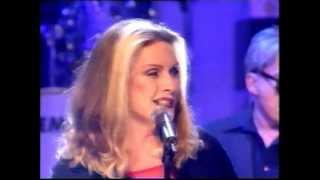 getlinkyoutube.com-Blondie - Maria - 1999 Top Of The Pops