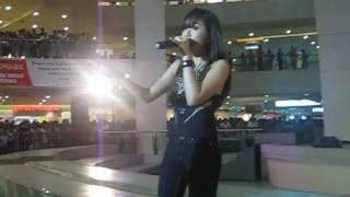getlinkyoutube.com-Rachelle Ann Go - Price Tag