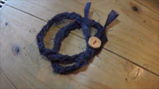 getlinkyoutube.com-簡単ハンドメイド ハギレでかぎ編みブレスレットを作る はぎれと手作りボタンを使って