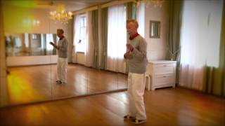 getlinkyoutube.com-Åken tanssikoulussa ja Mummun Saappaassa Soi Fox.mov