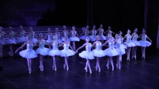 スカラ座「白鳥の湖」2012/2013シーズンの舞台裏の画像