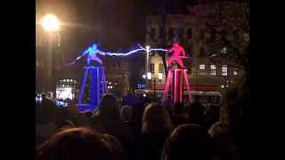 getlinkyoutube.com-Two men + two Tesla coils + special suits = ELECTRICITY FIGHT!