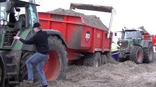 getlinkyoutube.com-Fendt 930 Vario vast in het zand bij  Pier van Oterdum.