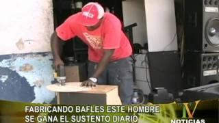 getlinkyoutube.com-FABRICANDO BAFLES ESTE HOMBRE SE GANA EL SUSTENTO DIARIO