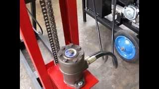 getlinkyoutube.com-PORTABLE HYDRAULIC TUBEWELL DRILLING MACHINE PART 3
