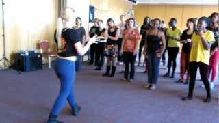 getlinkyoutube.com-LISA DUNKE steps workshop in AFRO-FEVER 2013 Festival. MVI_0648.MOV