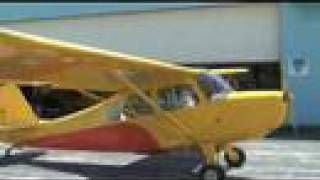 getlinkyoutube.com-Aeronca Champ Flies!