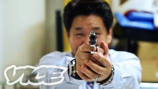 getlinkyoutube.com-『極道』第二回:ヤクザ映画とヤクザ雑誌 - Gokudo Ep.2: Yakuza Showbiz