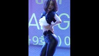getlinkyoutube.com-141127 헬로apm 로즈퀸(Rose Queen) 댄스공연 #03- 와썹 (지니) 직캠 by 수원촌놈