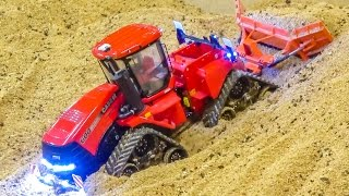 getlinkyoutube.com-RC tractors in ACTION! Amazing miniature farming in 1/32 scale!