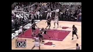 getlinkyoutube.com-Arvydas Sabonis [21 pts 20 reb] VS Michael Jordan [33 pts] 1998