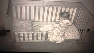 getlinkyoutube.com-Bri's first night in her toddler bed