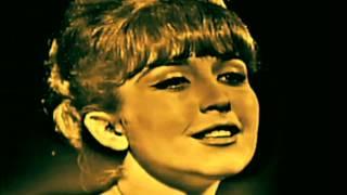 """getlinkyoutube.com-Angélica María """"Yo que no vivo sin ti"""" (1967)"""