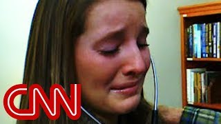 getlinkyoutube.com-Sister hears brother's heartbeat after death