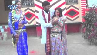 "getlinkyoutube.com-भउजी भर फागुन - Holi Me Dalab Matiya Tel | Naresh Lal Yadav ""Vyas""| Bhojpuri Holi Song 2015"