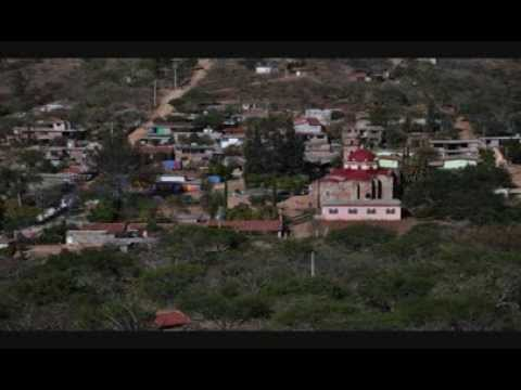 Alegres chilenas-San agustin Atenango fotos,saludos y baile-Estruendo de Oaxaca-2014
