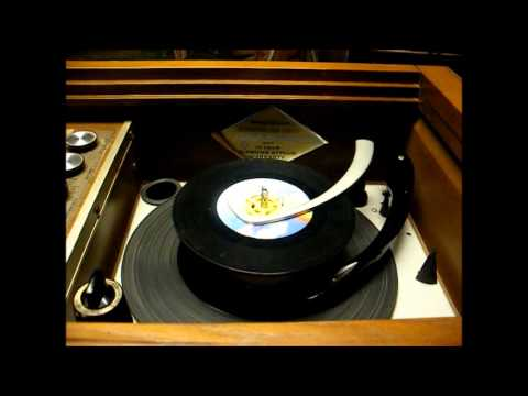 Repair of a 1965 Magnavox Astro-Sonic console stereo (I think it's fixed) - part 4