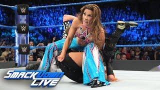 getlinkyoutube.com-Becky Lynch vs. Mickie James - 2-out-of-3-Falls Match: SmackDown LIVE: Feb. 28, 2017