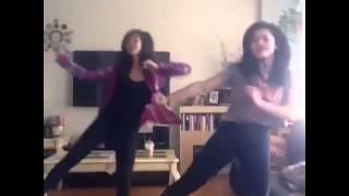 getlinkyoutube.com-Dubsmash Dance [Bestfriend Goals]