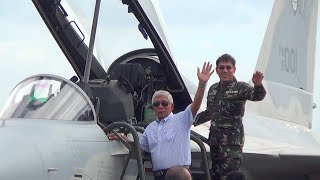 getlinkyoutube.com-Philippine Air Force welcomes 2 new fighter jets