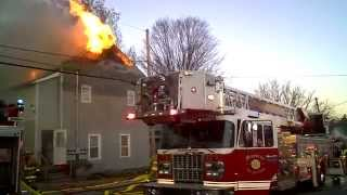 getlinkyoutube.com-Apartment House Fire FULL FOOTAGE