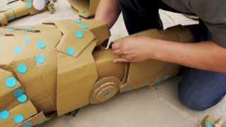 getlinkyoutube.com-Making of IRON MAN w/ makedo & cardboard - 鋼鐵人 以美度扣&紙版製作