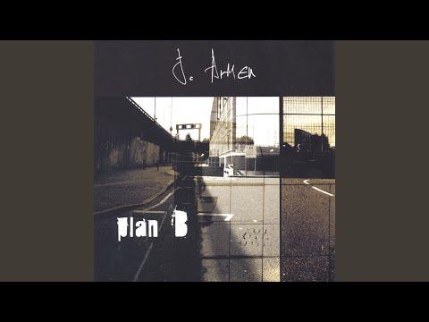 Stay Away de J Armen Letra y Video