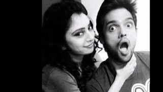 getlinkyoutube.com-Nandini (Niti Taylor) with her Real Life FRIENDS!! Kaisi Yeh Yaariaan