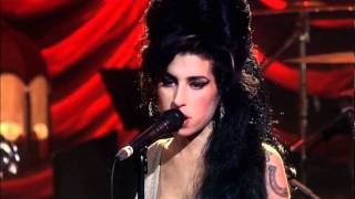 getlinkyoutube.com-Amy Winehouse - You know I'm no good. Live in London 2007