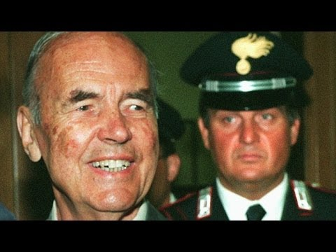 Nazi War Criminal Left To Rot With No Funeral