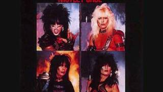 getlinkyoutube.com-Motley Crue - Too Young To Fall In Love With Lyrics!