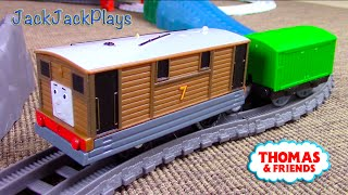 Thomas the Tank Engine: Trackmaster Toby toy UNBOXING Playtime