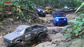 getlinkyoutube.com-RC Toyota Hilux Scale Trucks Offroad Adventures  Land Rover Defender 110 Jeep Wrangler Trails!
