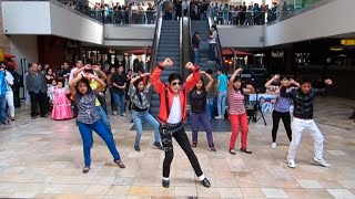 getlinkyoutube.com-Michael Jackson - Thiller Flashmob Cc Real Plaza | Jhon Palacios
