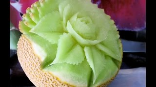 getlinkyoutube.com-Flower carved in cantaloupe - J.Pereira Art Carving