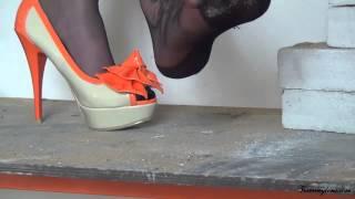 getlinkyoutube.com-black FF stockings nylons.mp4