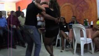 getlinkyoutube.com-Bailando bachata Dominicana  sexi pero con  estilo 2011