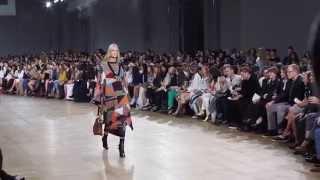 getlinkyoutube.com-Chloe F/W 2015 | Daria Shapovalova ar Paris Fashion Week