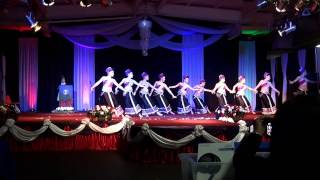 getlinkyoutube.com-Fresno Hmong International New Year 2015 - Nkauj Ntxuam Dej (round 2)