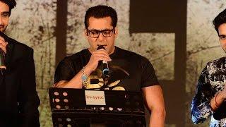 getlinkyoutube.com-LIVE: Nervous Salman Khan Sings Main Hoon Hero Tera At Music Concert