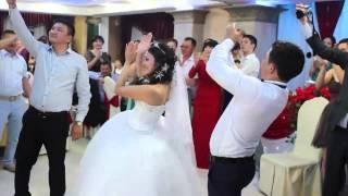 getlinkyoutube.com-Супер флешмоб в Казахстане.Свадьба