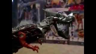 getlinkyoutube.com-Dinobots vs Godzilla short stop motion