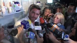 Julian Gil rompe en llanto al hablar de su hijo Matias