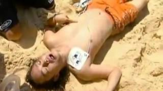 getlinkyoutube.com-Bondi Beach Rescue - Real Life CPR & AED