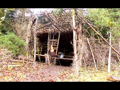 Lagerbau | Bushcraft Camp | Waldläufer Lager | Building A Shelter In The Woods