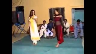 Ro ro raza nice ghusra shadi dance width=