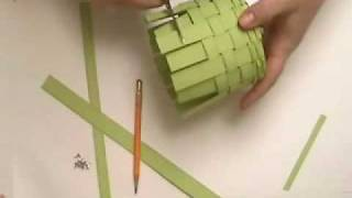 getlinkyoutube.com-Paper basket Weaving part 2
