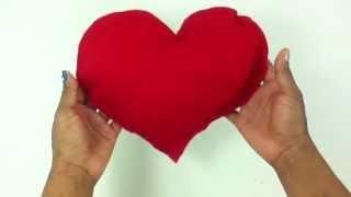 getlinkyoutube.com-Hacer un cojín de corazón - Manualidades en casa