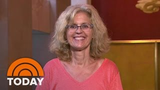 getlinkyoutube.com-Ambush Makeover Takes This Mom From Frizzy To Fabulous | TODAY
